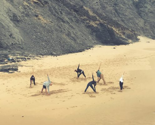 Yoga on the beach | Wolfs Yoga