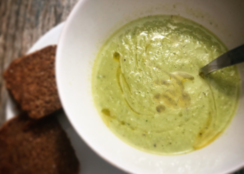 Easy Zucchini Soup | Wolfs Yoga Retreats Portugal